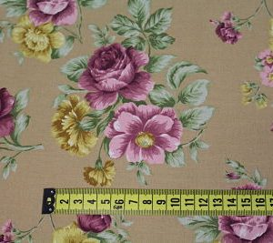 Viella Estampada Digital Floral Rosa sobre Crudo