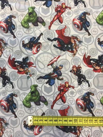 Tela algodón superhéroe