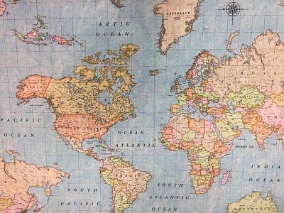 Loneta_Estampada_Mapa_Mundo